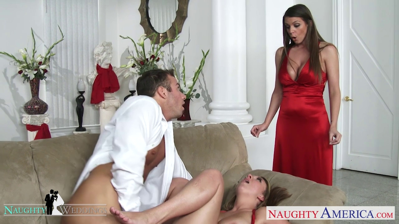 amature wife naked foot job